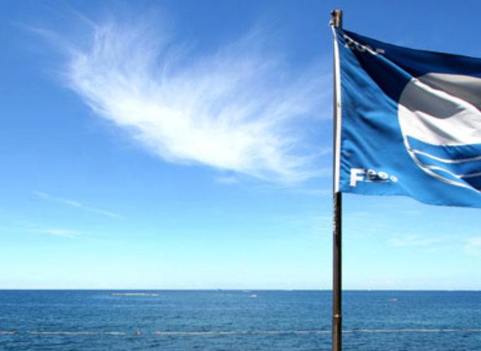 La Calabria splende nello sventolio delle Bandiere Blu