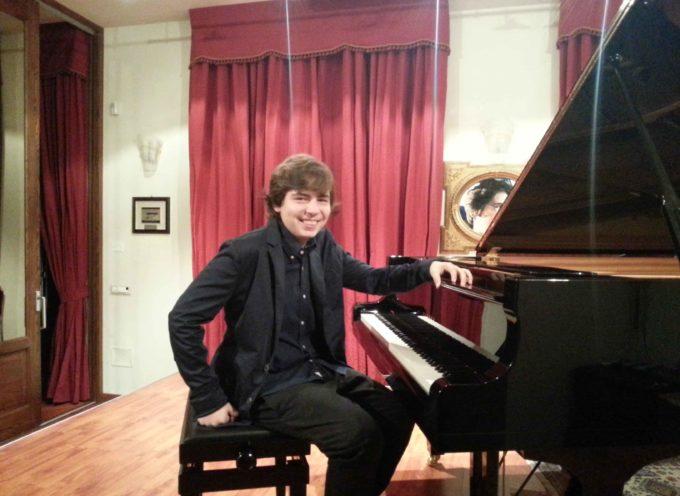 """[Paola – Stagione Concertistica] La """"Orfeo Stillo"""" segna metà anno con Alfredo Salvatore Stillo"""