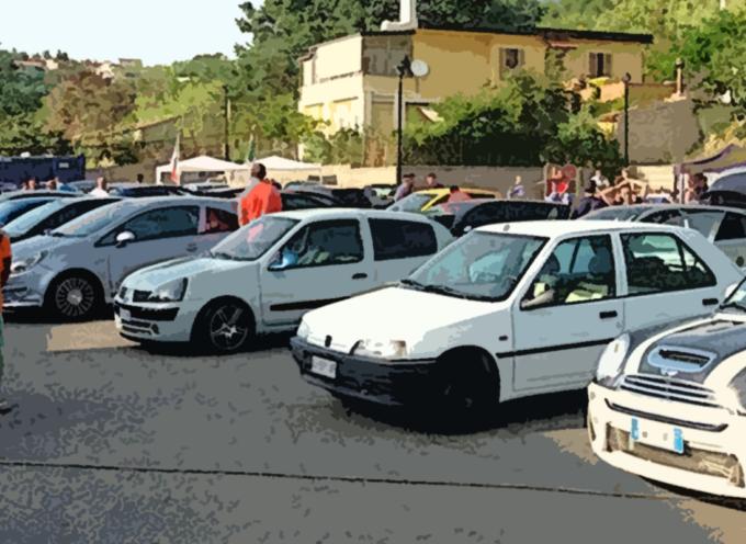 Paola – Basilio Ferrari inveisce, ma lo spettacolo funziona