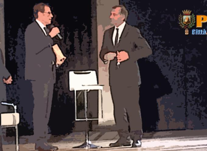 Paola – Applausi spontanei per Facciolla al Premio S.Francesco