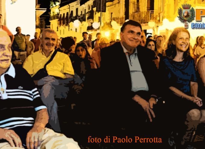 Paola – Cittadinanza omaggia la Ditta De Seta (98 anni ininterrotti d'attività)