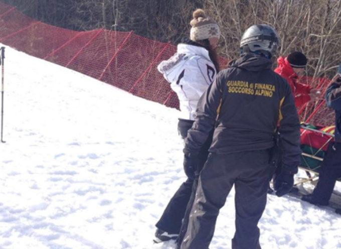 Motoslitte sequestrate, sciatore multato: piste sicure grazie alla GdF