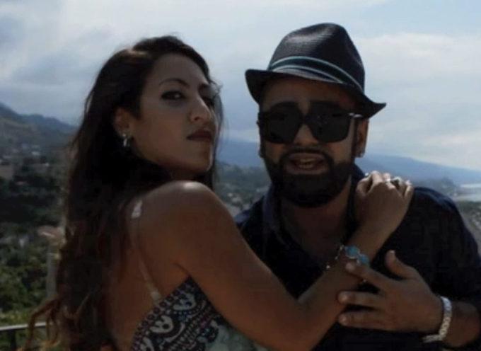 Paola |Video| «Penso a te e allontano lo stress» Neroone in love con Ester