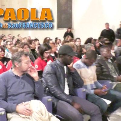 """Paola – Video: La Comune di Riace apre nel segno dell'umanità """"tangibile"""""""