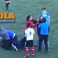 Paola – Video – Rissa allo stadio per un fallo, botte da orbi sul campo