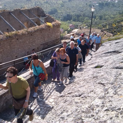 Le viuzze del Centro storico di Cleto tornano vive grazie al trekking urbano