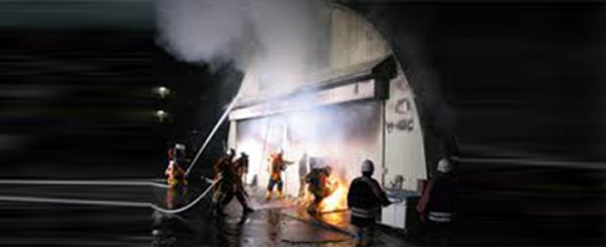 Viene eletto consigliere e gli incendiano il magazzino