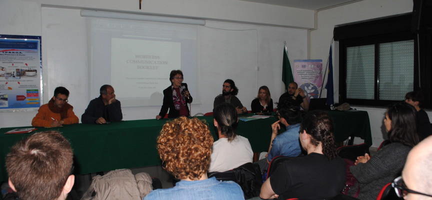 Youth Exchange. Presentato l'Handbook per scuole e politici [CON VIDEO INTERVISTA]