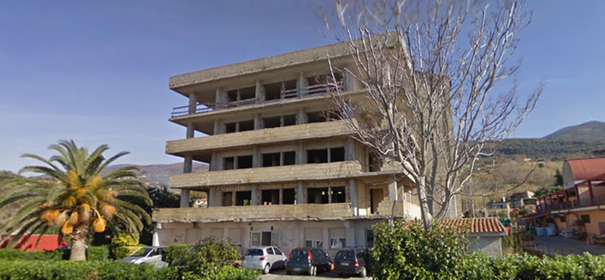 Il Sert di Paola chiude per inagibilità del palazzo che lo ospita