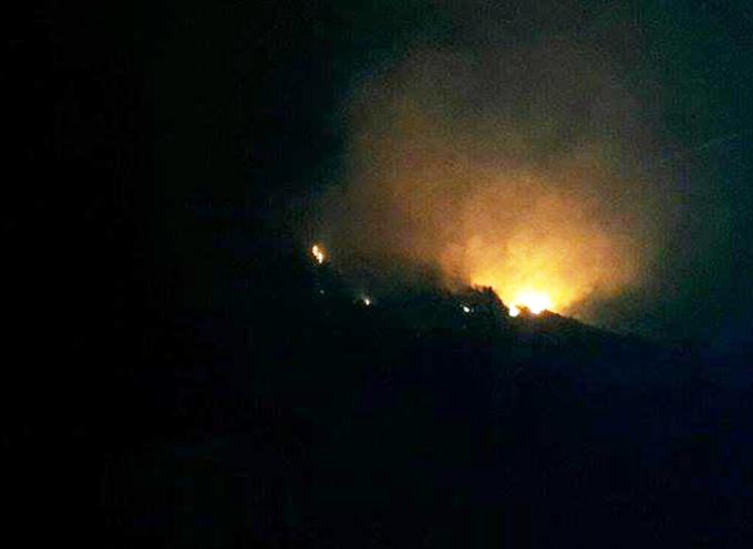 Paola- Violento incendio in zona Sant'Elia