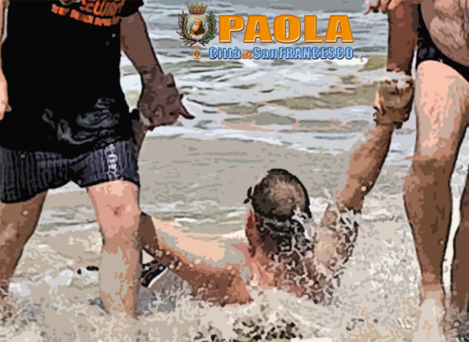 Soccorso in mare a Paola: gli salvano la vita