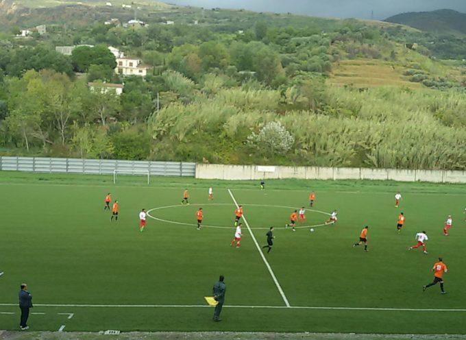 Buona la prima! 2 a 0 per i Falchi Rossi contro il Carioka Paola