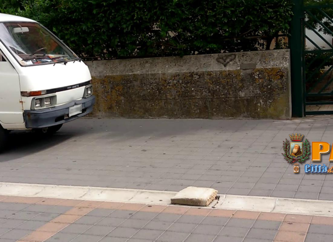 """Paola – Il """"Salotto della Calabria"""" di Corso Roma pare ormai un """"Garage"""""""