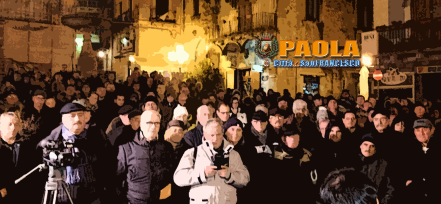 Paola – Roberto Perrotta torna in Piazza (ed è subito sfida) – VIDEOCLIP
