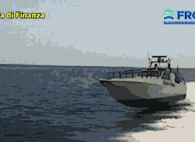 Mar Ionio – Operazione antidroga dalla GdF – Scene da film (VIDEO)