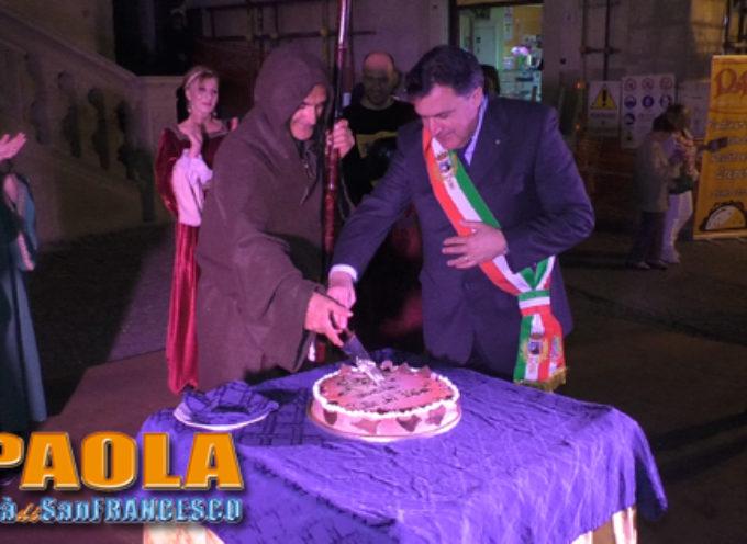 """Paola – VIDEO – In Piazza per festeggiare il """"Compleanno"""" della Città"""