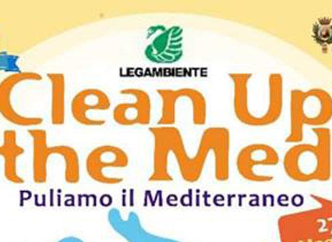 Paola – Domenica, con Legambiente, parte l'iniziativa per pulire le spiagge