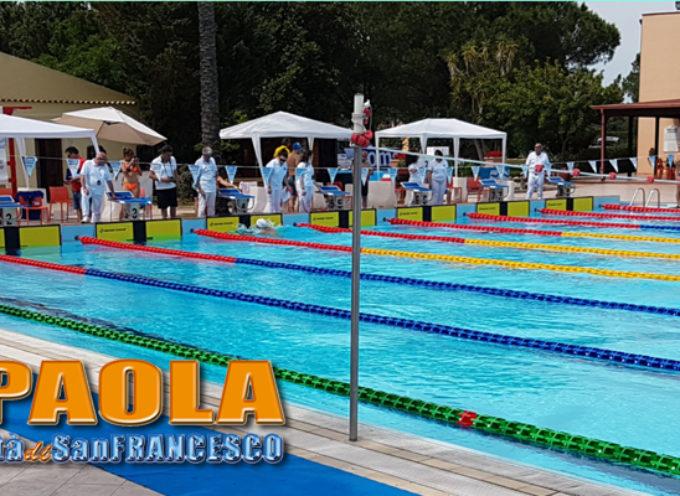 Paola – I nuotatori del GS Il Gabbiano fanno incetta di trofei in terra Lucana