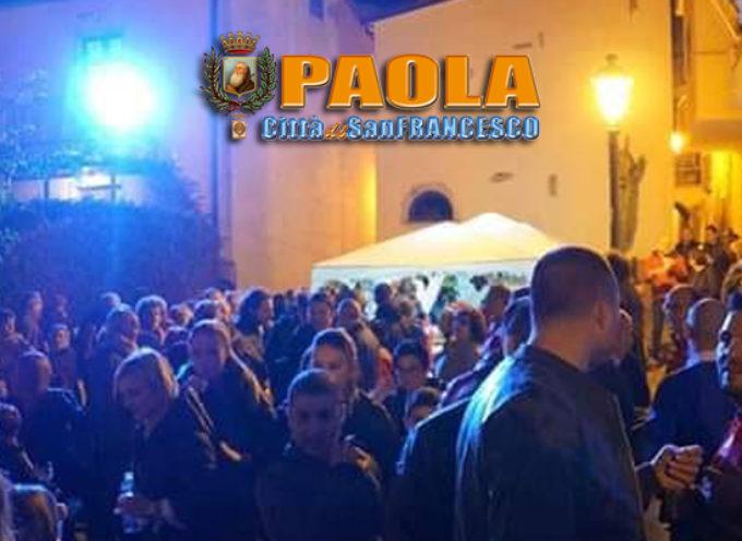 """Paola – Esplosa la """"Rocchetta Mania"""", il consigliere Politano si congratula"""