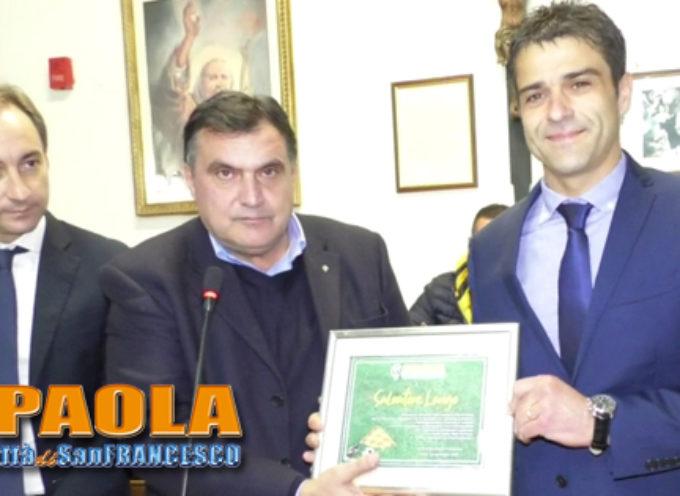Paola – Video – Oltre 100 presenze in SerieA, la città celebra l'arbitro Longo