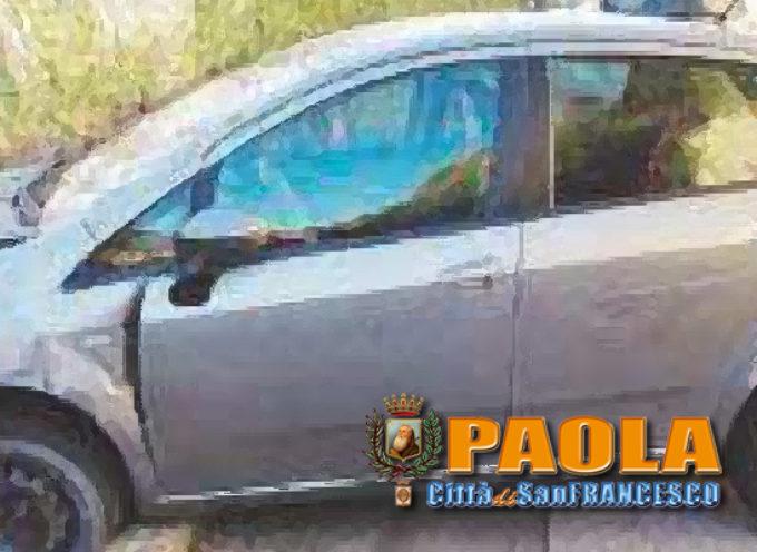 Paola – Donna accusa malore alla guida: auto, con bimba a bordo, in bilico