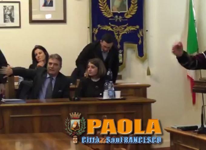 Paola – Video Consiglio: «Le macchine della Finanza dove sono andate?»
