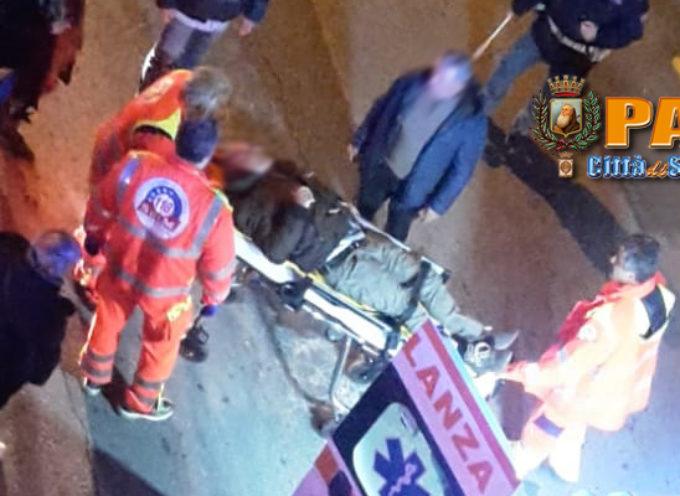 """Paola – FOTO – Incidente a Via Nazionale: centauro """"disarcionato"""""""