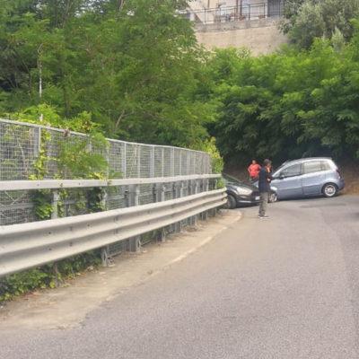 Incidente vicino all'Ospedale, prudenza per chi arriva e va verso la SS18