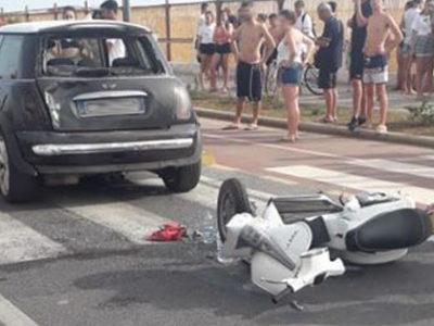 Incidente sul Lungomare di Paola, centauro contro Mini Cooper – FOTO