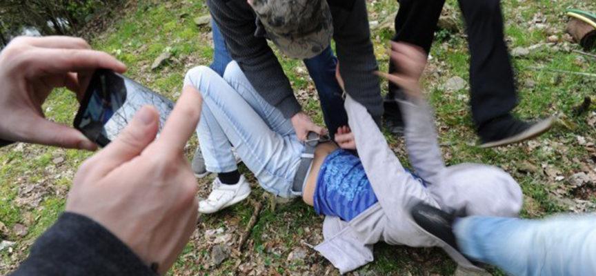 Rapporti sessuali anche con 20 uomini alla volta: aguzzini tutti coriglianesi