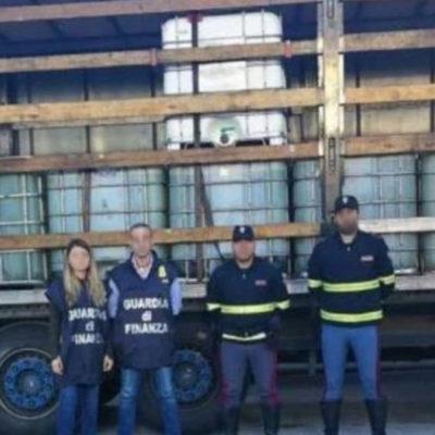 Su strade cosentine con 26mila litri di gasolio da contrabbandare: arrestati