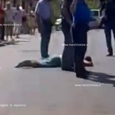 Si sdraia in mutande sulla via: 50enne di Fuscaldo ricoverato in psichiatria