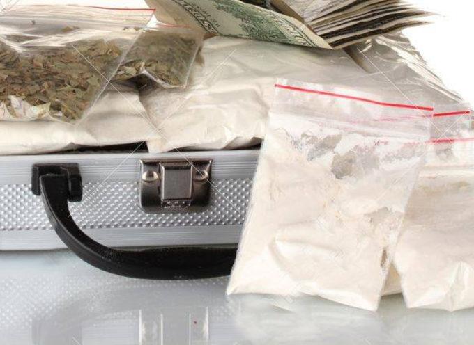 Paola – Coca e gangia nonostante fosse ai domiciliari: arrestato (di nuovo)