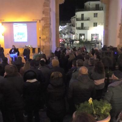 Paola- Video e Intervista esclusiva: Emira Ciodaro in Piazza per la Regione