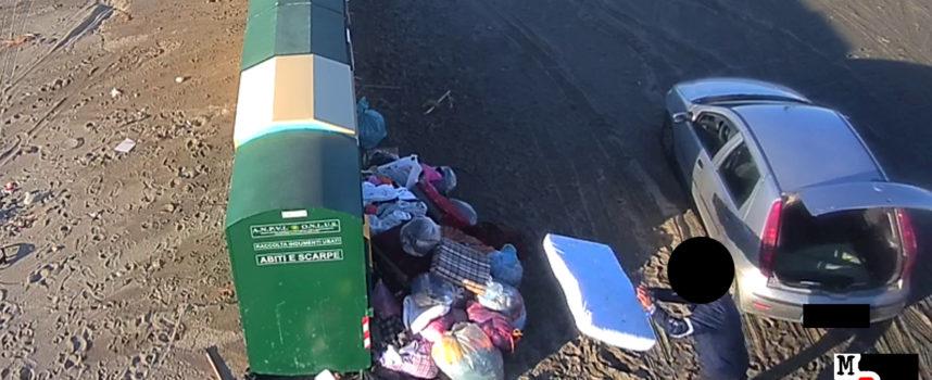 VIDEO – Paola – sorpresi (e multati) sporcaccioni che spargono immondizia